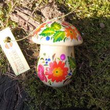 Kleine hölzerne Geschenkdose in Pilzform, handbemalt