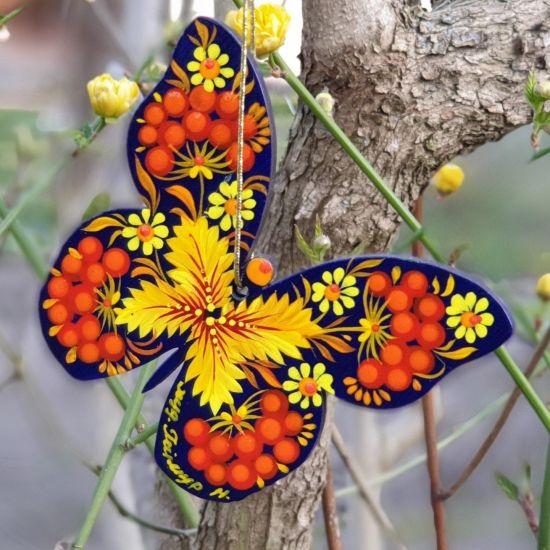 Exklusiver Christbaumschmuck- Schmetterling mit filigranem Muster