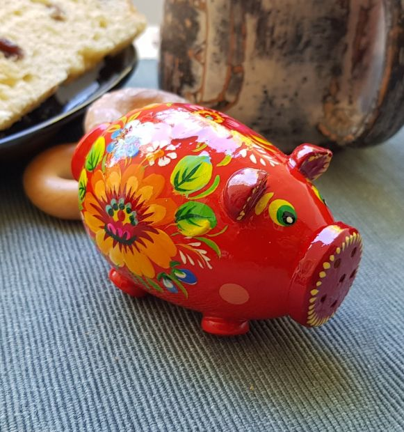 Hand made Salt-, pepper- shaker of wood, with traditional ukrainian painting