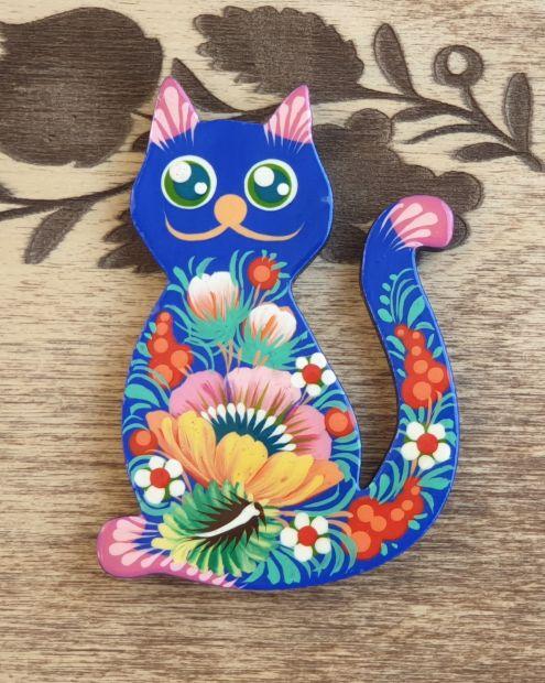 "Animal fridge magnet ""Cat"", small gift, hand painted"