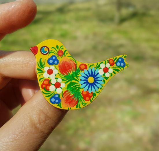Wooden pin Bird, hand painted decoration