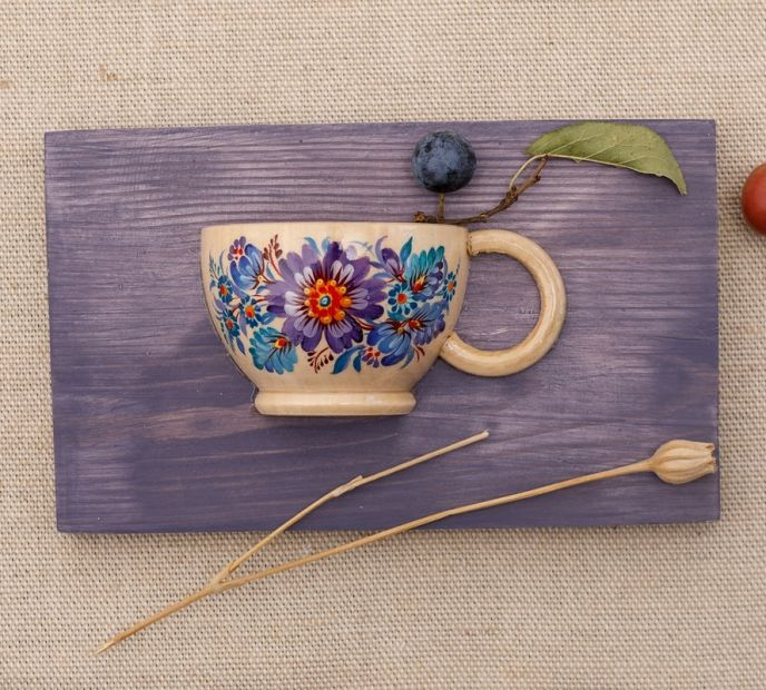 Creative wall decor, small hand painted with blue flowers ornament cup