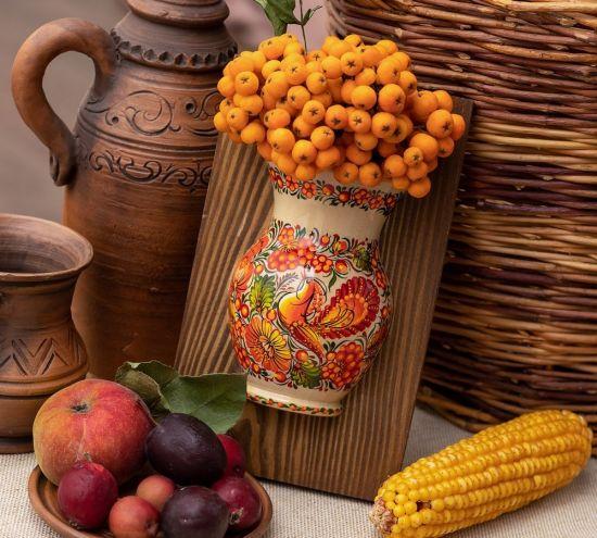 Wanddekoration für die Küche oder Esszimmer, kleine Vase mit Vogel