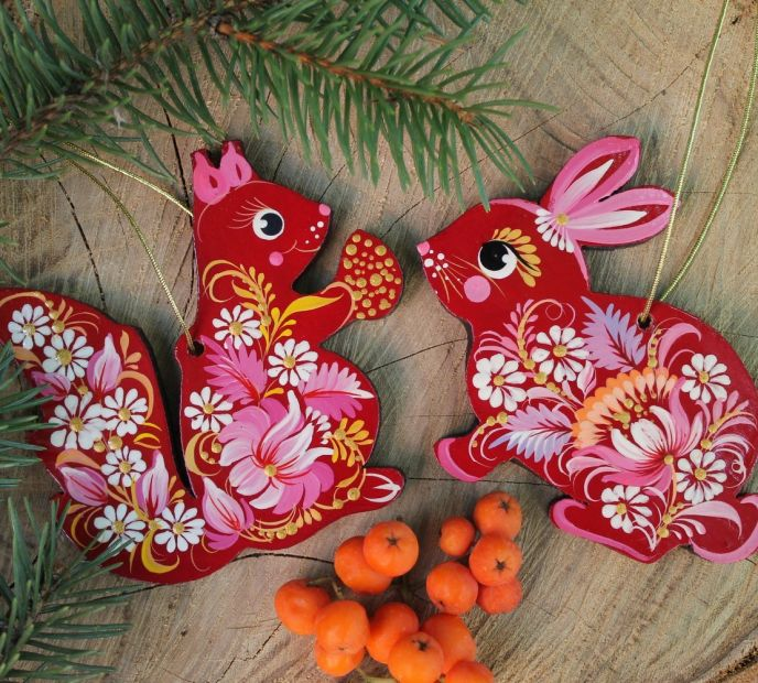 Animal tree decorations -squirrel and bunny, delicate painted