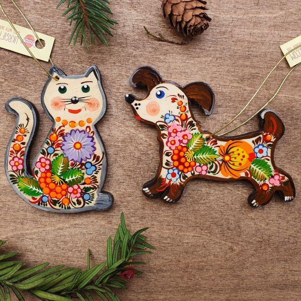 Katze und Hund- Tiere Weihnachtsschmuck aus Holz - zart handbemalt
