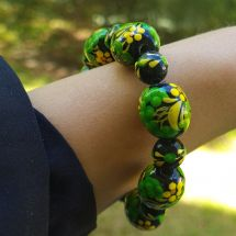 Wooden bracelet with -black and green - from hand painted beads